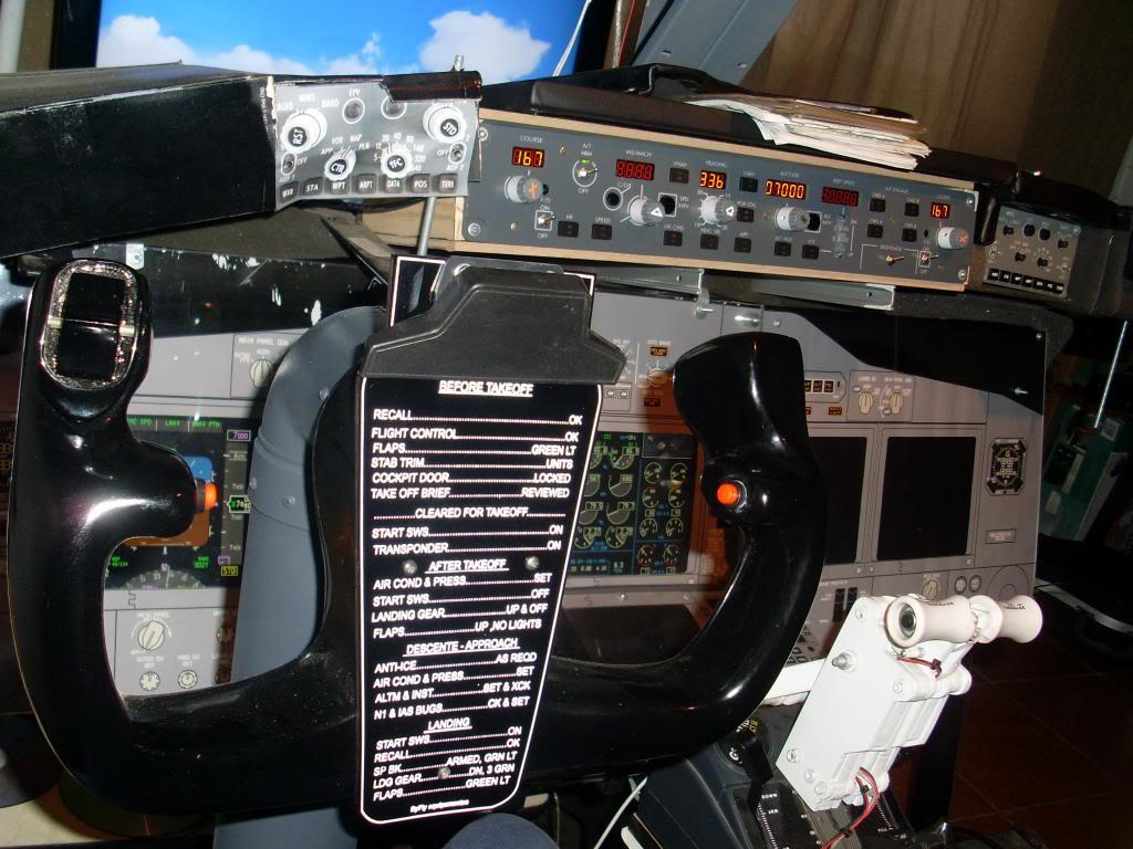 home cockpit 737-800 somente com uma cpu corei7 e pmdg ngx 7_zps35fc1e85