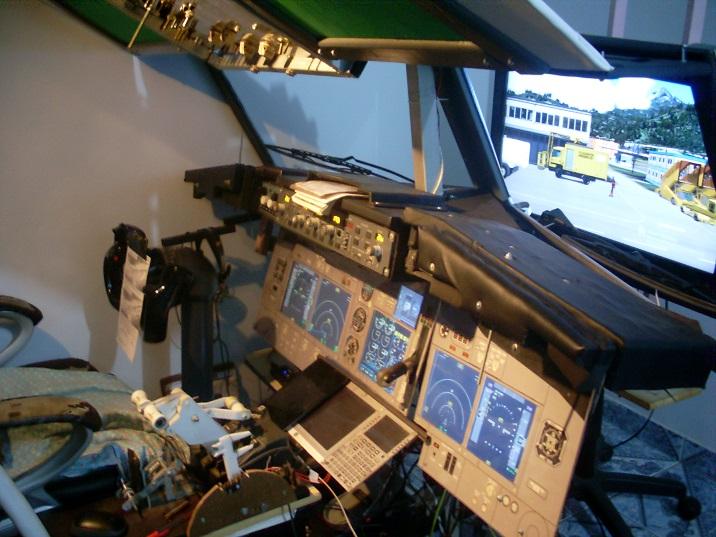 Home cockpit dois PC's SL372368_zpsoj9hy4zg