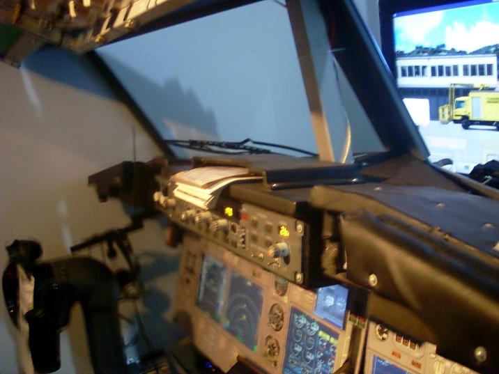 Home cockpit 737 low cost é possível???? SL372394_zps2sbpjedg