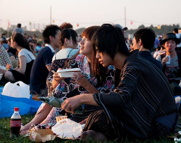 [Ẩm thực] 24 Món ăn đường phố Nhật Bản 10-yakisoba-hanabi-75_zps0549859a