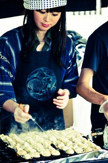 [Ẩm thực] 18 Món ăn trong các bữa tiệc Nhật Bản 14-takoyaki-matsuri-62_zpsaf747c80