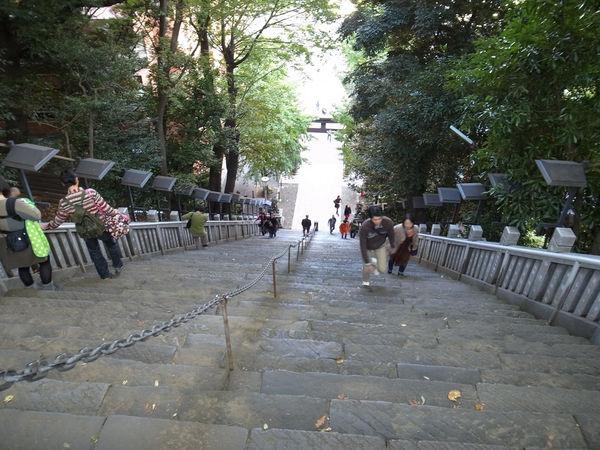 [Du lịch][Tin tức] Đền Atago: Nấc thang lên thiên đường của Tokyo 2-steep_zpsb28a9972