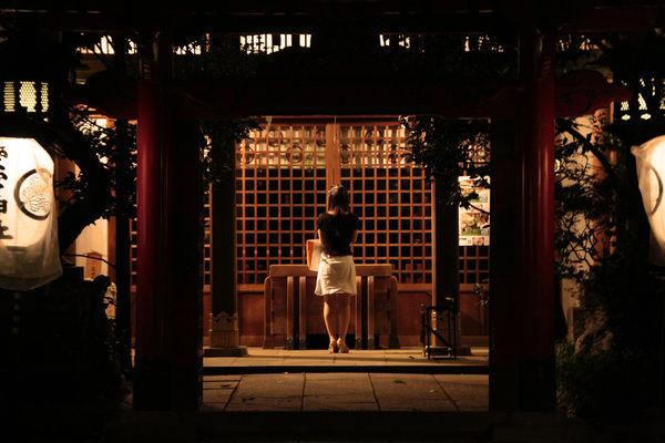 [Du lịch][Tin tức] Đền Atago: Nấc thang lên thiên đường của Tokyo 3-the-prayer-1186_zpsa55a550f