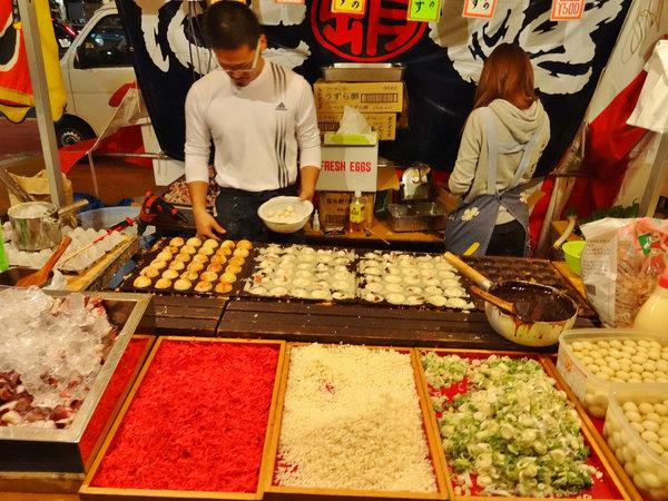 [Ẩm thực] 24 Món ăn đường phố Nhật Bản 6-takoyaki-75_zps01e4ea2d