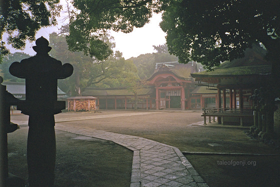 [Du lịch] Đền Iwashimizu Hachiman-gū Iwashimizu-hachimangu-shrine-stone-lantern_zps13f093e4