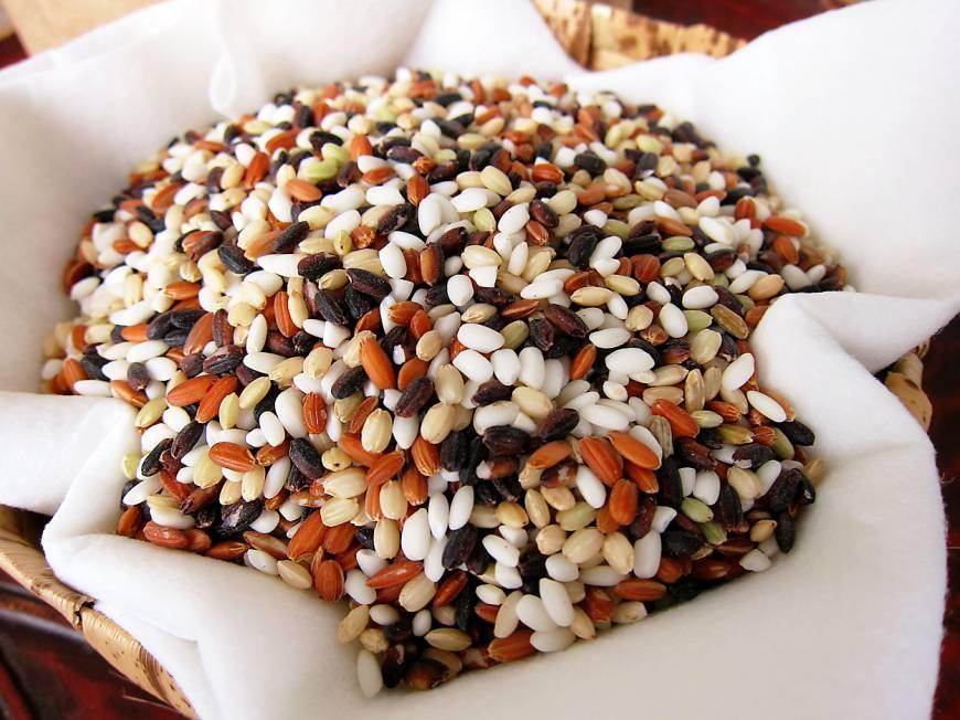 [Đời sống - Văn hóa] Bùng nổ nhu cầu đối với gạo truyền thống Nhật Bản Z8-itoh-artisan-rice-a-20131122-870x652_zps47bc43e3