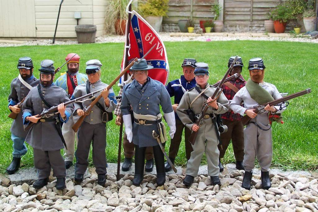 Wanted. photo's of confederate kitbashes 100_6852_zps0c20ae44