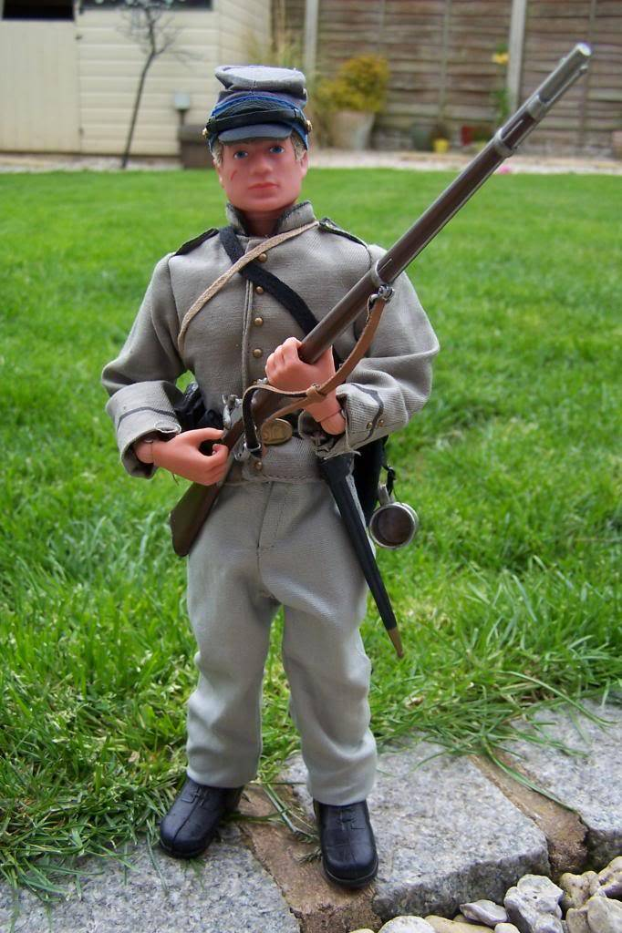 Wanted. photo's of confederate kitbashes 100_6866_zps55df512e