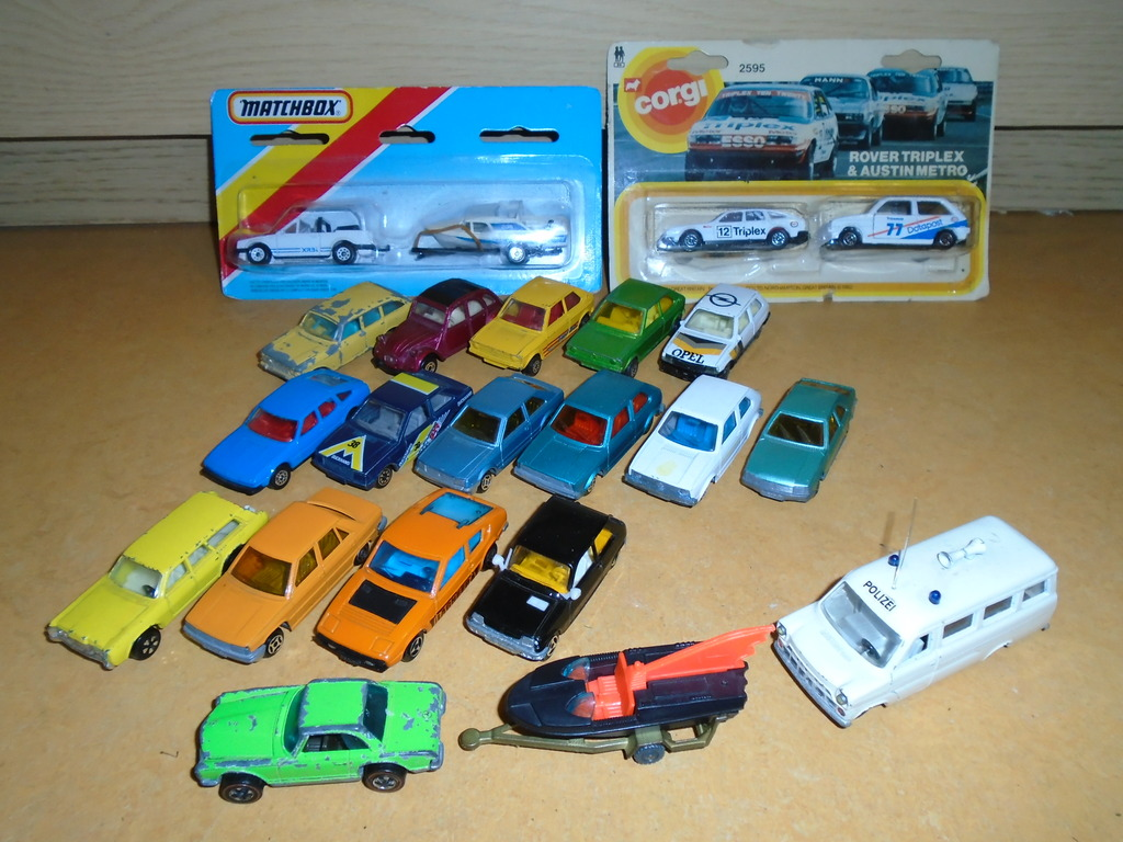some old cars arrived including majorette DSC02801_zpsefldmy3x