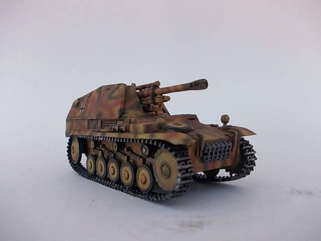 sd.Kfz 124 Wespe , Ukrania 1944 42ordm%20Wespe%201-72%20Peazo-Gato_zpso0vk6thl