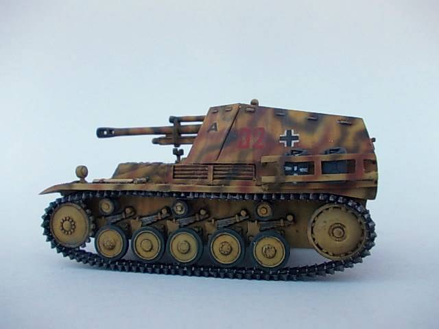 sd.Kfz 124 Wespe , Ukrania 1944 45ordm%20Wespe%201-72%20Peazo-Gato_zpsjwuzclad