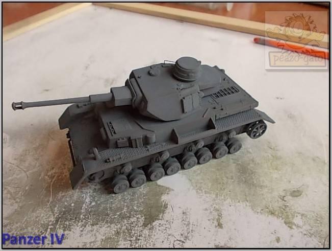 Panzer IV  (terminado 30-06-15) 47ordm%20PZ%20IV%20peazo-gato_zpsht8g3jea