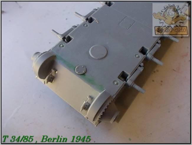 T 34/85 , Berlin 1945 (terminado 20-01-15) 22ordmT34-85peazo-gato_zps8ee09839