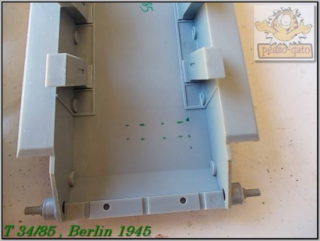 T 34/85 , Berlin 1945 (terminado 20-01-15) 25ordmT34-85peazo-gato_zpsa4075874