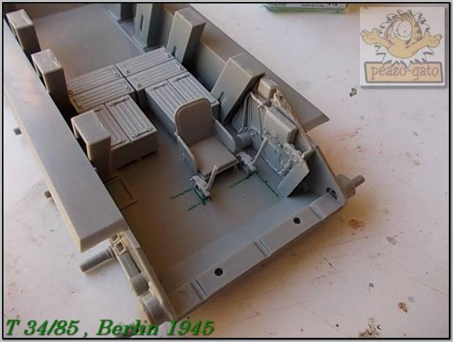 T 34/85 , Berlin 1945 (terminado 20-01-15) 28ordmT34-85peazo-gato_zps18fd1025