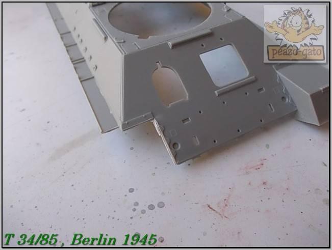 T 34/85 , Berlin 1945 (terminado 20-01-15) 34ordmT34-85peazo-gato_zpsf52eea58