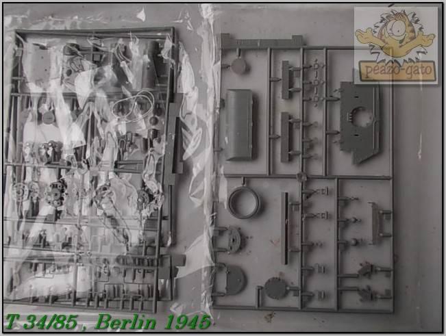 T 34/85 , Berlin 1945 (terminado 20-01-15) 3ordmT34-85peazo-gato_zps2af7ea06