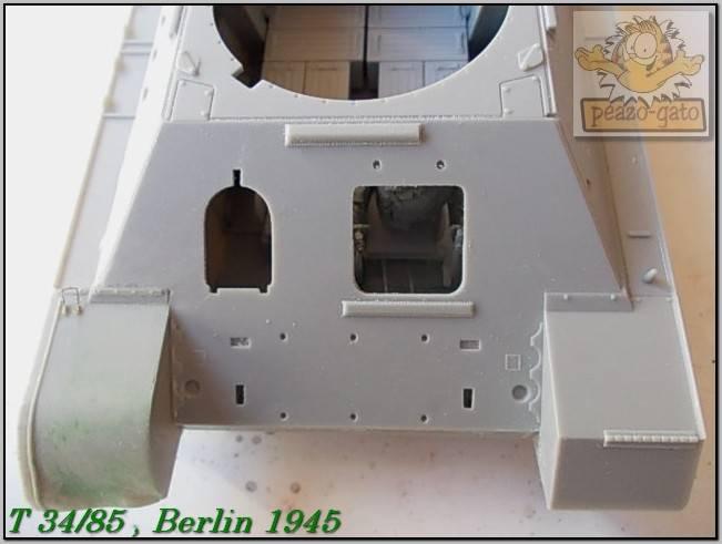 T 34/85 , Berlin 1945 (terminado 20-01-15) 40ordmT34-85peazo-gato_zpscc0cec5e