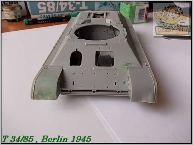 T 34/85 , Berlin 1945 (terminado 20-01-15) 42ordmT34-85peazo-gato_zps7898f1d5