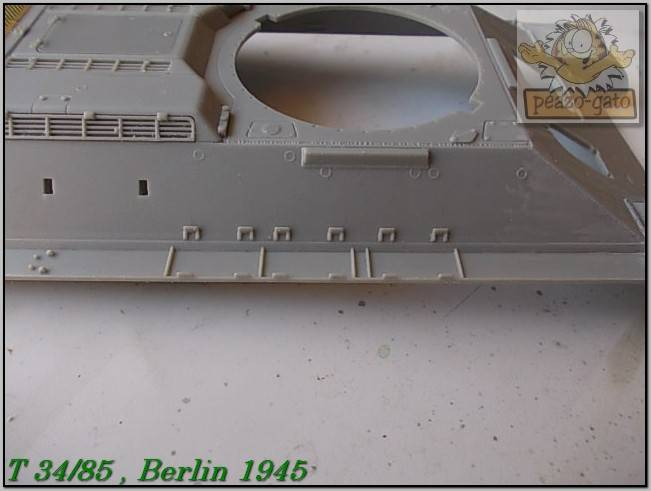 T 34/85 , Berlin 1945 (terminado 20-01-15) 50ordmT34-85peazo-gato_zpsf54bdafc