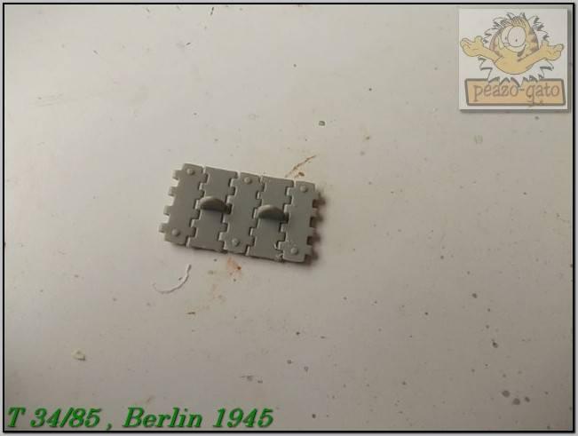 T 34/85 , Berlin 1945 (terminado 20-01-15) 55ordmT34-85peazo-gato_zps4e481b41