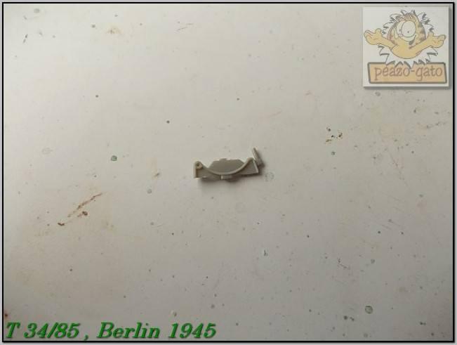 T 34/85 , Berlin 1945 (terminado 20-01-15) 57ordmT34-85peazo-gato_zpsb5d99c59