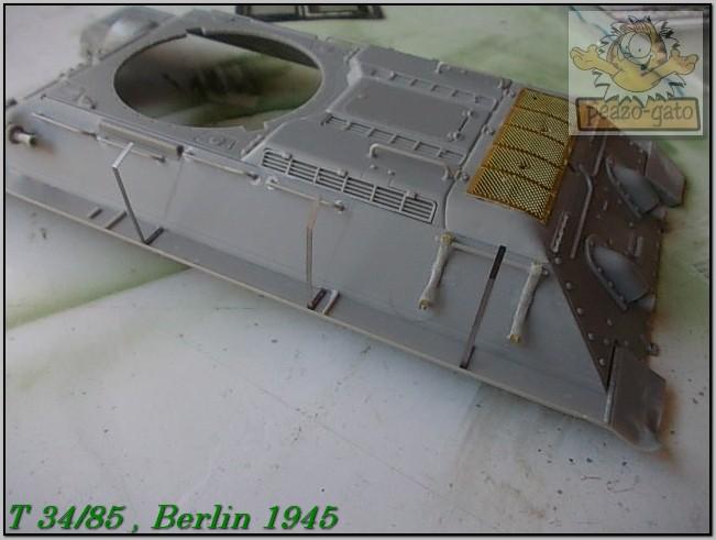 T 34/85 , Berlin 1945 (terminado 20-01-15) 67ordmT34-85peazo-gato_zps39295099