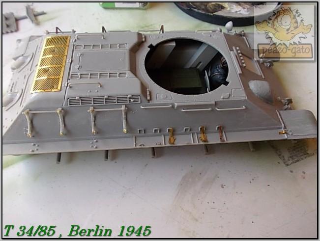 T 34/85 , Berlin 1945 (terminado 20-01-15) 68ordmT34-85peazo-gato_zps522b244d