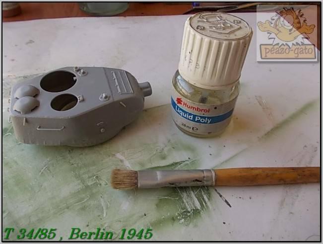 T 34/85 , Berlin 1945 (terminado 20-01-15) 84ordmT34-85peazo-gato_zpsf2ac0559
