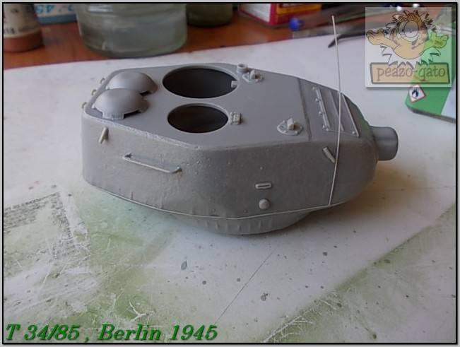 T 34/85 , Berlin 1945 (terminado 20-01-15) 87ordmT34-85peazo-gato_zpsaf7ffffc