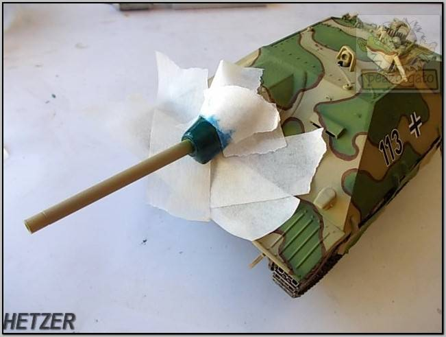 Jagdpanzer 38(t) Hetzer (terminado 14-05-15) 100ordm%20HETZER%20peazo-gato_zpsovox9l7a