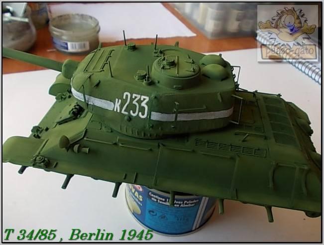 T 34/85 , Berlin 1945 (terminado 20-01-15) 110ordmT34-85peazo-gato_zps6c8cf8b9
