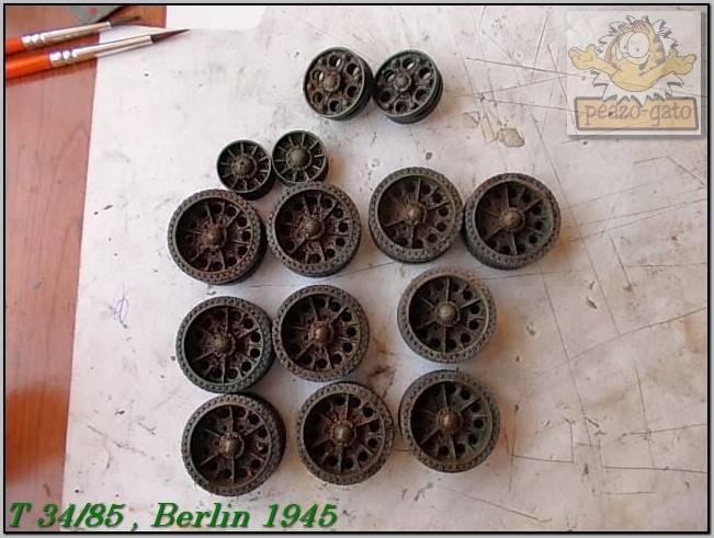 T 34/85 , Berlin 1945 (terminado 20-01-15) 115ordmT34-85peazo-gato_zps2e77fd88