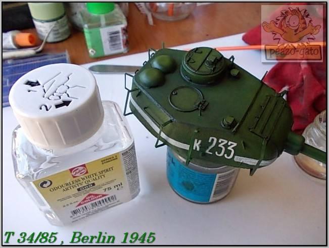 T 34/85 , Berlin 1945 (terminado 20-01-15) 116ordmT34-85peazo-gato_zps58d66d66