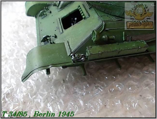 T 34/85 , Berlin 1945 (terminado 20-01-15) 130ordmT34-85peazo-gato_zps5da43218