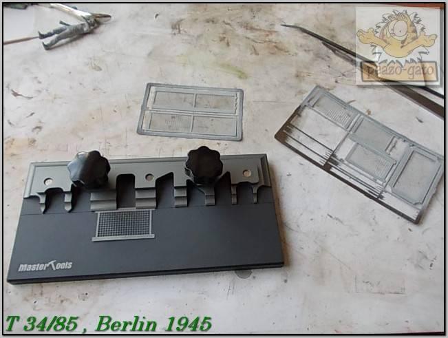 T 34/85 , Berlin 1945 (terminado 20-01-15) 135ordmT34-85peazo-gato_zpsb940a277