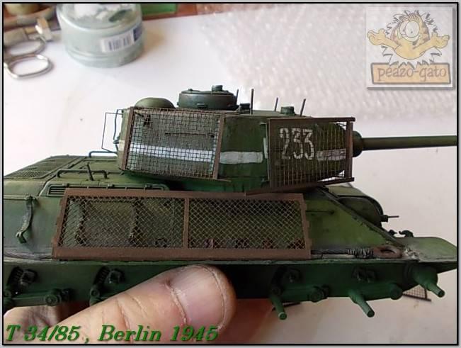 T 34/85 , Berlin 1945 (terminado 20-01-15) 139ordmT34-85peazo-gato_zpsc2d414cd