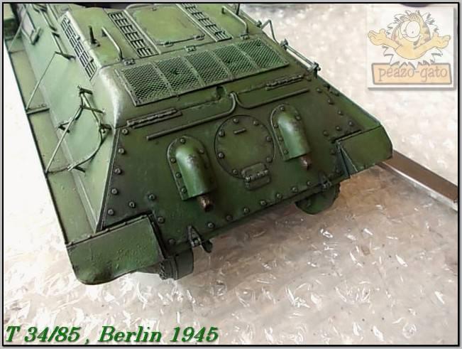 T 34/85 , Berlin 1945 (terminado 20-01-15) 140ordmT34-85peazo-gato_zps1dc8703f