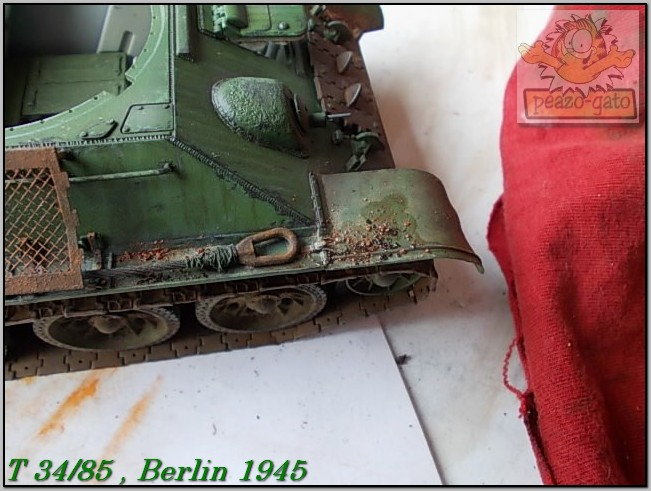 T 34/85 , Berlin 1945 (terminado 20-01-15) 157ordmT34-85peazo-gato_zpsf4e0a365