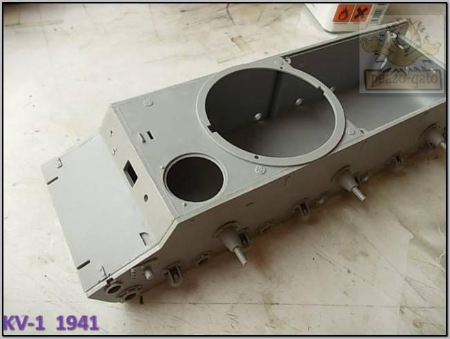 KV-1 , 1941 (terminado 14-08-15) 18ordm%20KV-1%201941%20Peazo-gato_zpsbxqigprp