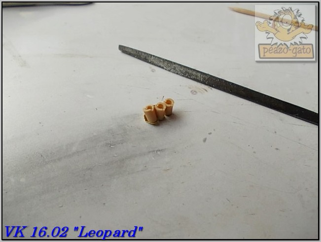 "VK 1602 ""Leopard"" (terminado 09-03-15) 35VK1602peazo-gato_zps06724ab0"