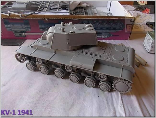 KV-1 , 1941 (terminado 14-08-15) 51ordm%20KV-1%201941%20Peazo-gato_zpswpsaycha