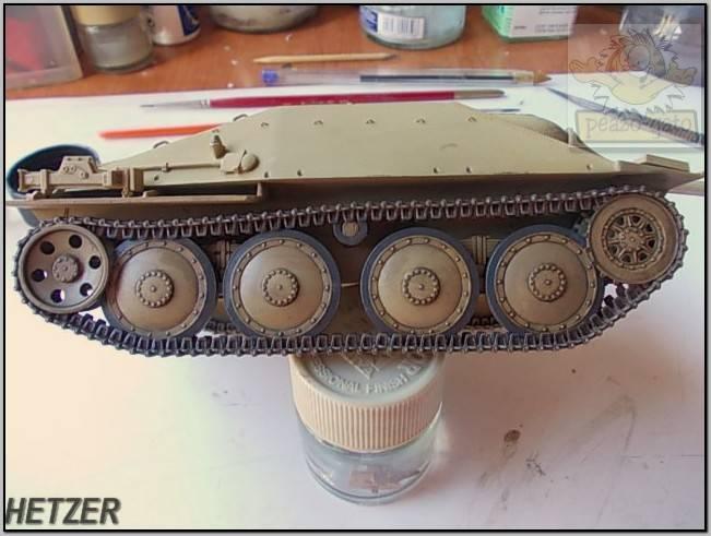Jagdpanzer 38(t) Hetzer (terminado 14-05-15) 75ordm%20HETZER%20peazo-gato_zpscxtp02pb