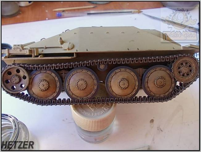 Jagdpanzer 38(t) Hetzer (terminado 14-05-15) 77ordm%20HETZER%20peazo-gato_zpsihjmygkv