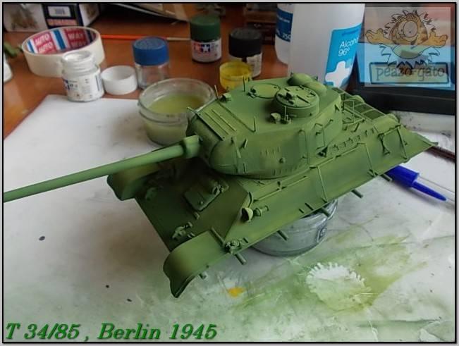 T 34/85 , Berlin 1945 (terminado 20-01-15) 99ordmT34-85peazo-gato_zpsddc541b9