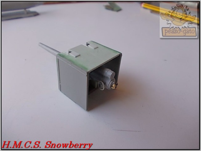 H.M.C.S. Snowberry 142%20H.M.C.S.%20Snowberry%20peazo-gato_zpsx2ebosok