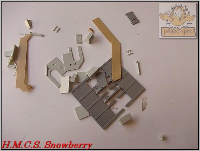 H.M.C.S. Snowberry 157%20H.M.C.S.%20Snowberry%20peazo-gato_zpsexepj81w