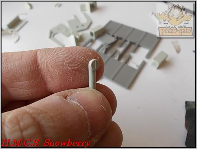 H.M.C.S. Snowberry 158%20H.M.C.S.%20Snowberry%20peazo-gato_zpsagblkuce