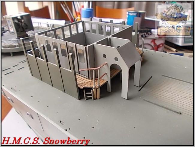 H.M.C.S. Snowberry 172%20H.M.C.S.%20Snowberry%20peazo-gato_zps9a0jf3oq