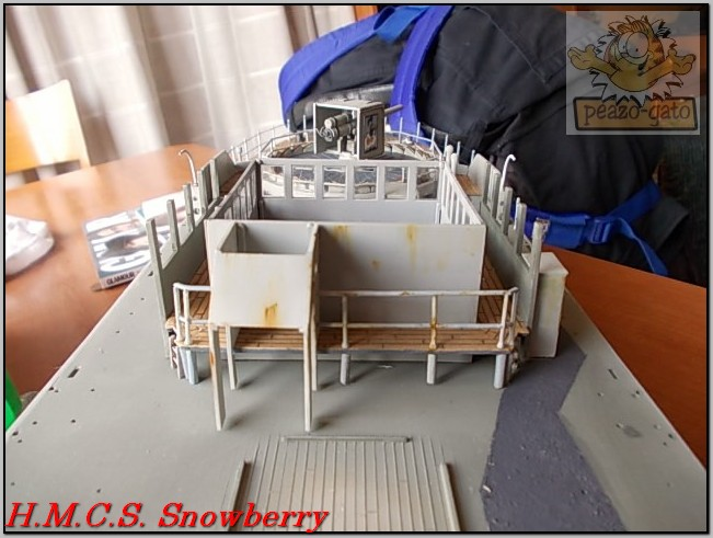 H.M.C.S. Snowberry 183%20H.M.C.S.%20Snowberry%20peazo-gato_zpsw4yfoubr